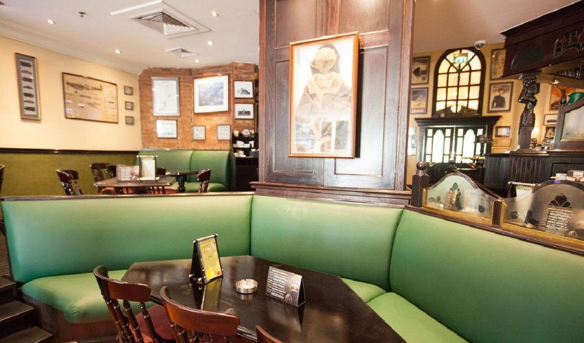 صورة Biggles Pub