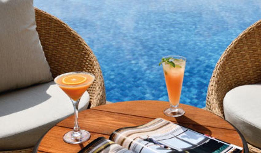 صورة Oasis Pool Lounge