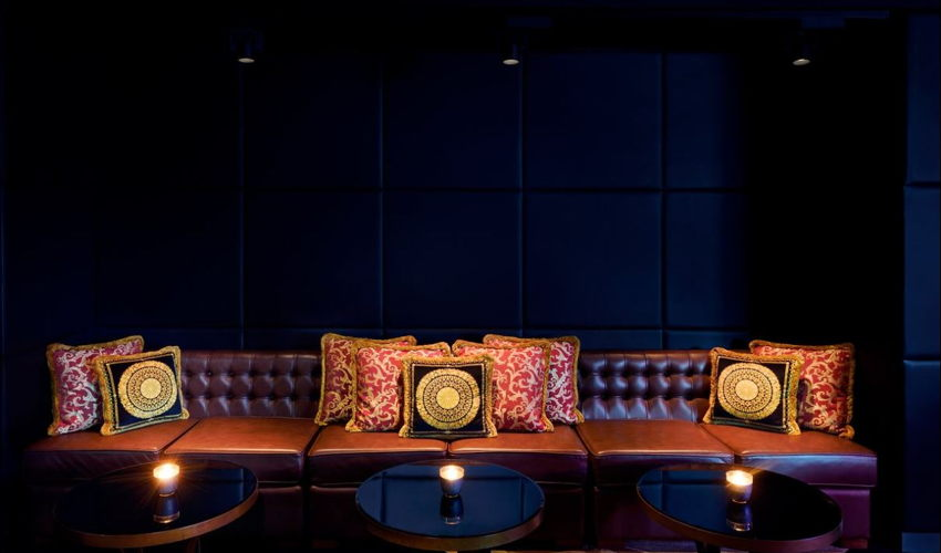 Qs Bar and Lounge  image