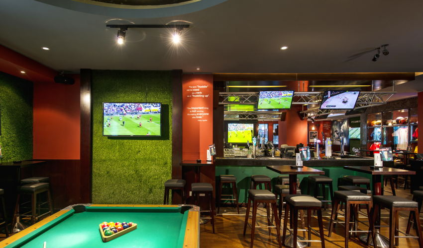 The Huddle Sports Bar & Grill Barsha image