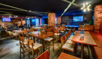 The Huddle Sports Bar & Grill Bur Dubai image